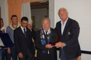 Targa ricordo al presidente Camillo dal coordinatore della Puglia Giovanni Pezzuto e il coordinatore della Basilicata Ludovico Iannotti
