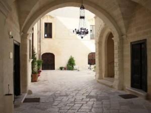 Palazzo VICECONTE_Basilicata esterno ingresso 570x432
