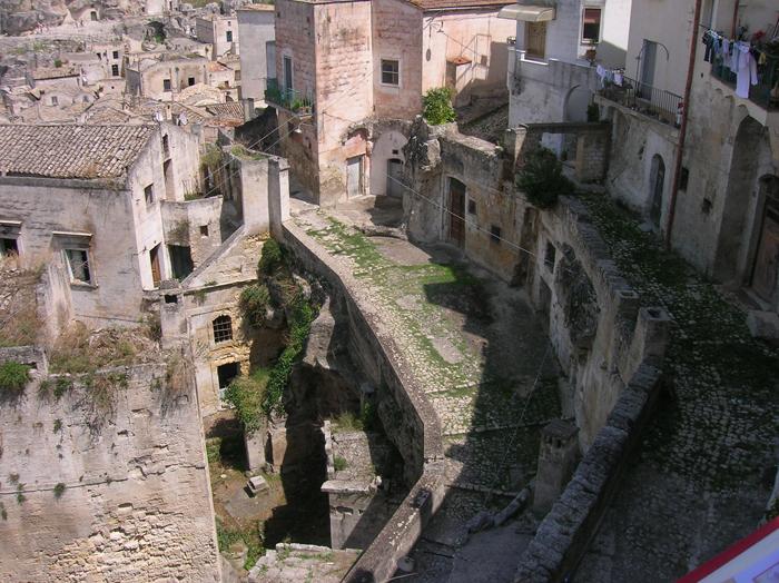Mostra a Matera delle foto di Prospero di Nubila sulla civiltà contadina