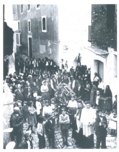 """foto rilevata dal volume: """"lo sguardo ritrovato"""" di P. Di Nubila, A. Capuano Editrice"""