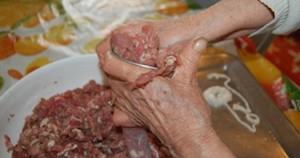 preparare-le-salsicce