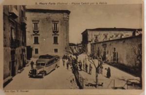 Piazza-Caduti-allepoca-dei-fatti