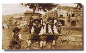 """foto tratta dal libro: """"Com'era bello... e com'è... il mio paese"""" di A. Capuano"""