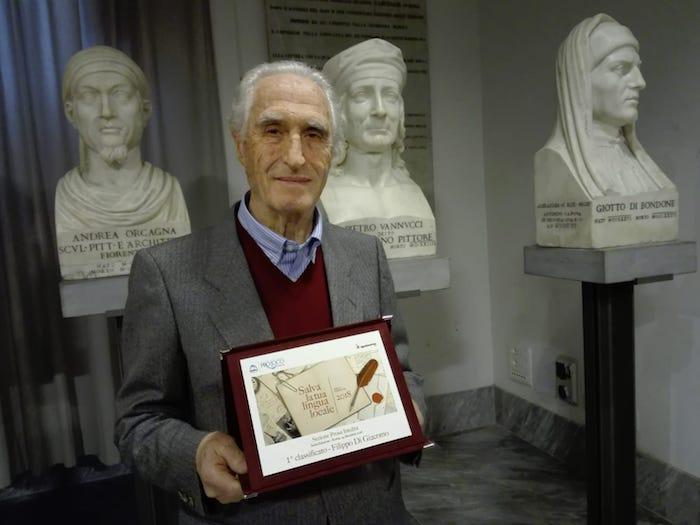 Filippo Di Giacomo nel solco della tradizione dei grandi poeti e scrittori dialettali meridionali.